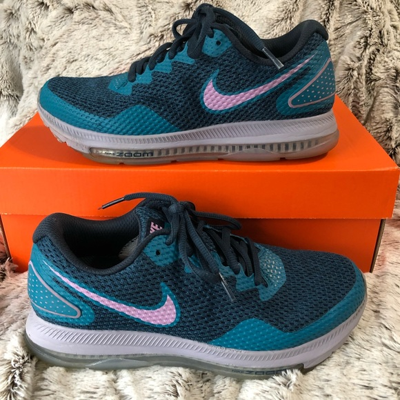 sale retailer 2f172 ab166 Nike Zoom All Out Low 2 Navy Magenta Running Shoes.  M 5c7c432da5d7c6d4ce67182c